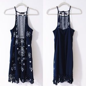Abercrombie & Fitch - Embroidered Dress